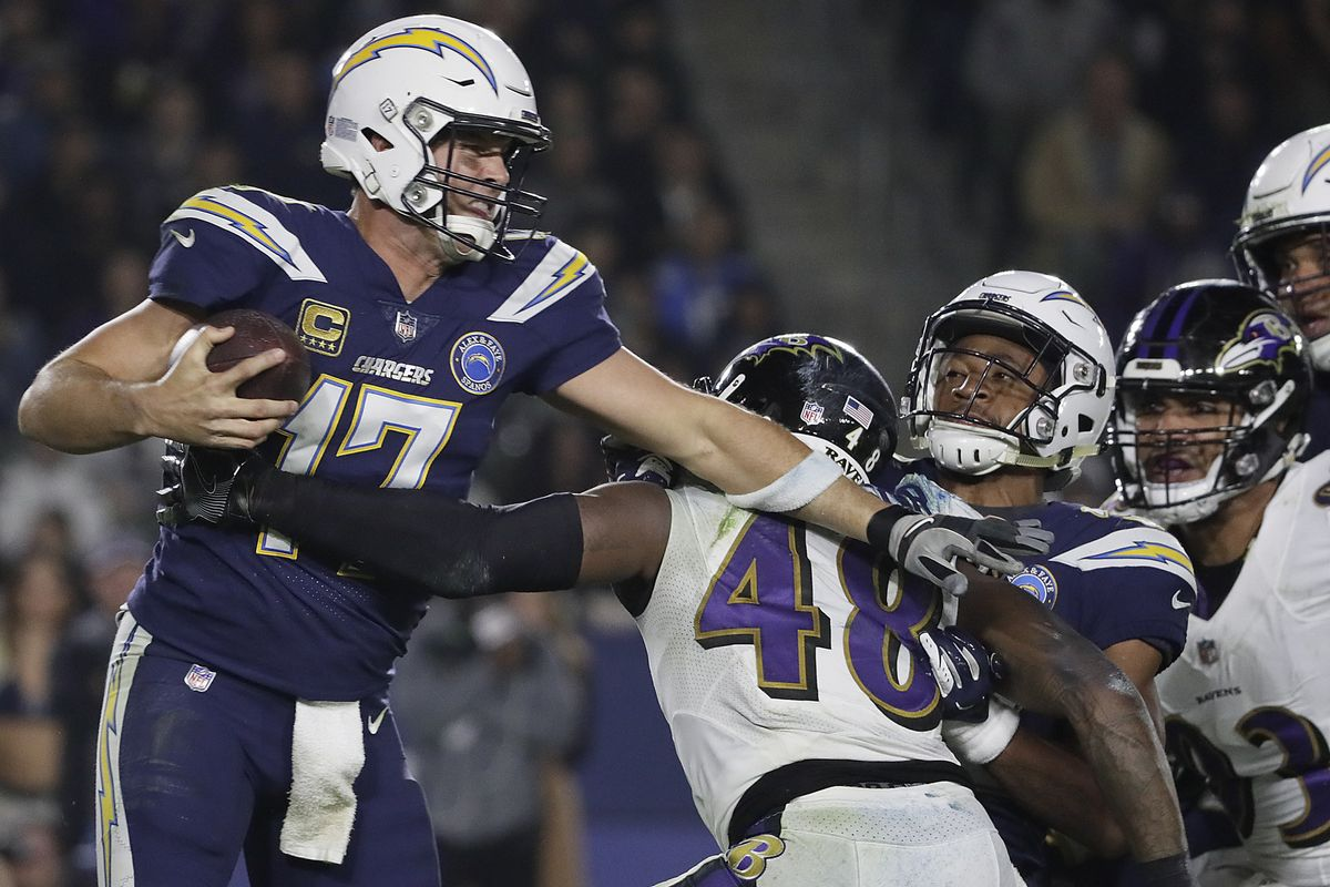 la-sp-chargers-vs-ravens-20181222-pictures-005
